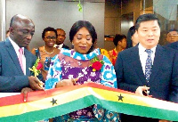 Shirley Ayorkor Botchway and other officials at the opening of Ghana's new consul in Guangzhou
