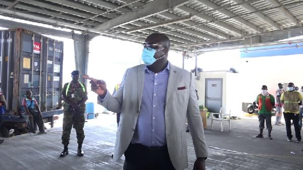 Tema Mayor announces mandatory wearing of nose mask at port