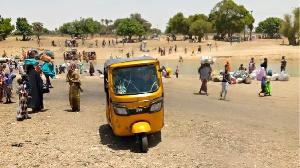 Damasak residents run enta Niger Republic as gunmen attack di Borno town again
