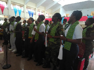 The military women singing at the ceremony