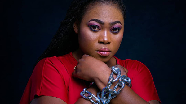 This is madness - Music producer jabs Cecilia Marfo for snatching microphone from Joyce Blessing