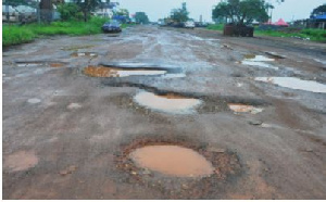 A photo of deplorable road