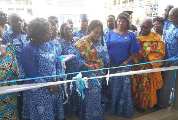 The Minister commissioned a two-storey 18 unit classroom block in honour of President Akufo-Addo