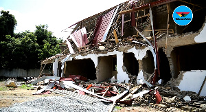 Demolished  uncompleted structure near the Nigerian High Commission in Osu