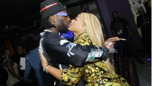 Rumour has it Burna Boy has ditched his UK based girlfriend