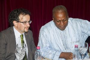 UK High Commissioner to Ghana, Jon Benjamin with President John Mahama