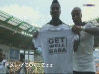 Asamoah Gyan and Andre Ayew produce the shirt with touching gesture for Baba