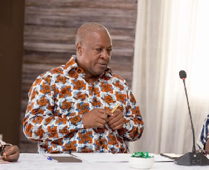 John Dramani Mahama Pen