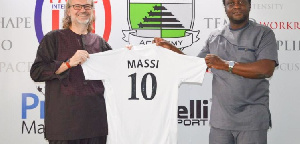 Massimiliano Colasuonno Taricone? paid a courtesy call to the Club last week