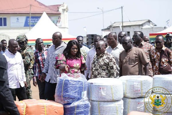 Akufo-Addo presents 6,336 outboard motors and other fishing gear to fisher-folk