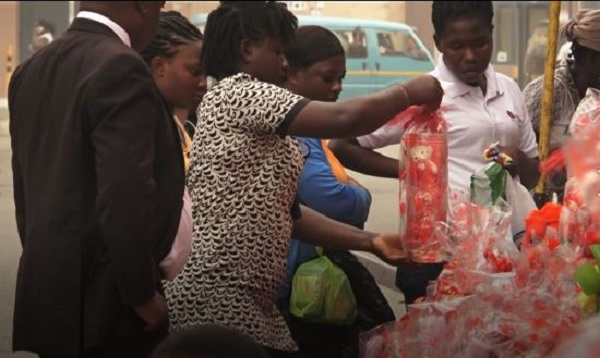 Mad rush for Valentine\'s gift in Accra