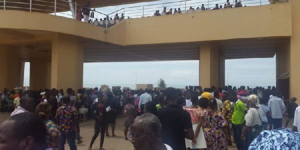 Parents, students facing SHS placement issues thronged the Blackstars Square