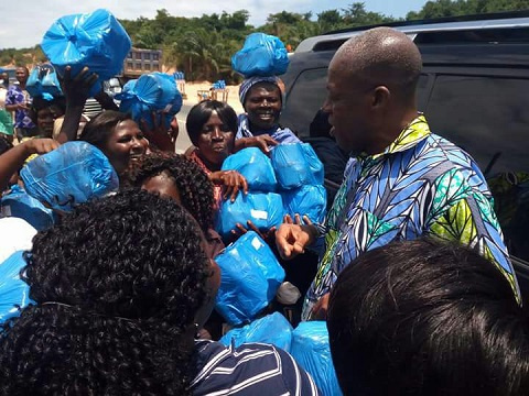 Vice President Kwesi Amissah-Arthur on a campaign tour