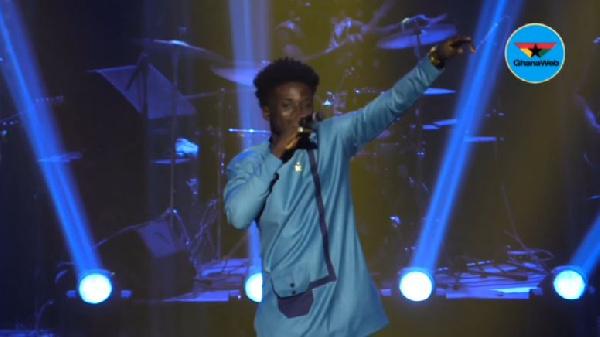 Lynx Chrismas Concert: Kuami Eugene thrills fans with back to back hit songs