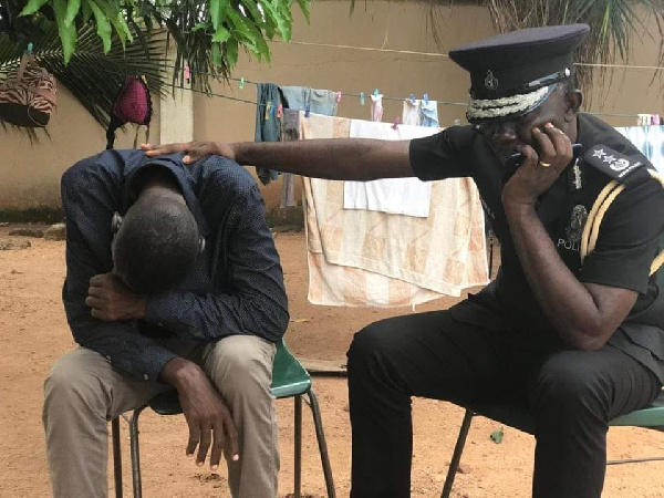 \'Neglected\' police officer suffering severe kidney disease cries after his boss finally visits