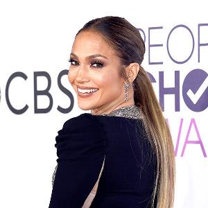 Jennifer Lopez Peoples Choice Awards 2017