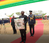 Vice-President, Dr Mahamudu Bawumia lays a wreath during a service held to honor the ex-service men