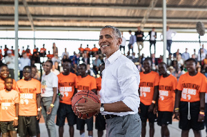 US Barack Obama in action on the basketball court