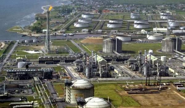 Nigeria oil refinery