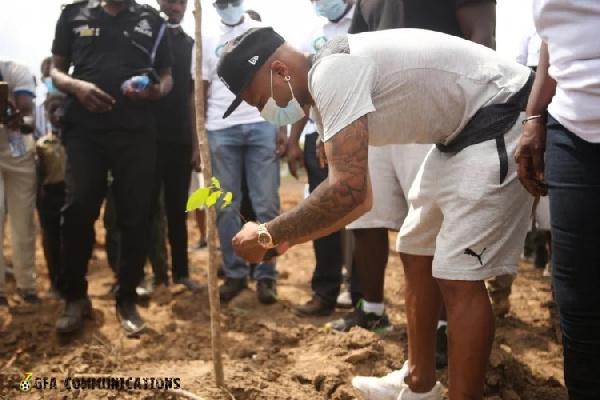 Skipper Andre Ayew lead Black Stars in Green Ghana project