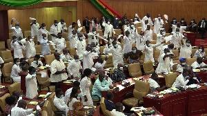 NPP caucus celebrate after Speaker declares them Majority in Parliament