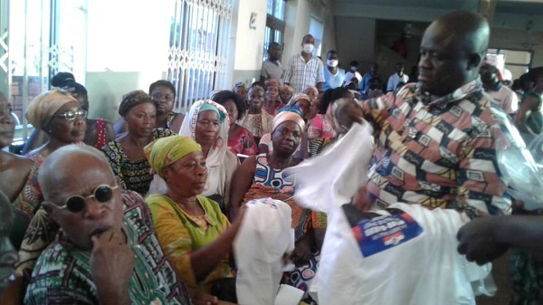 Sunyani-Chiraa: 35 NDC, independent candidate supporters defect to NPP
