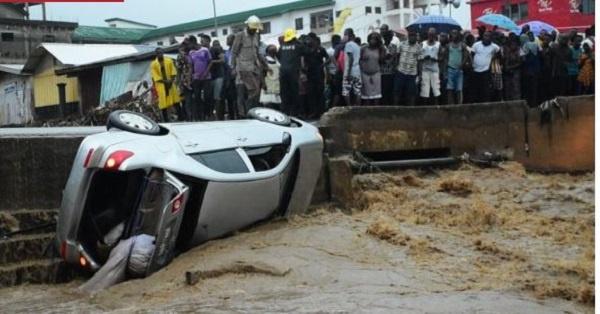 4 escape death as flood engulfs Ho