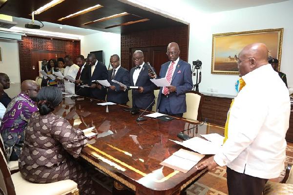 President Nana Akufo-Addo swearing in the 10-member GIPC Board