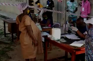 The 40-year-old pregnant woman cast her vote at Kofi Gya in the Suhum Constituency