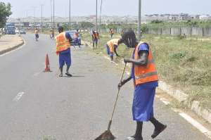 The prison inmates have been cleaning the streets of Accra