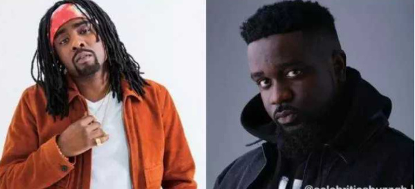 American rapper, Wale was lambasted by a social media user for hyping Sarkodie's 'no pressure' album