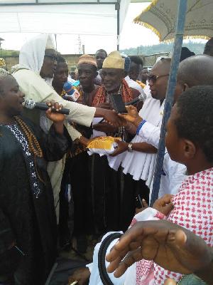 Prestea Bawumia Donates