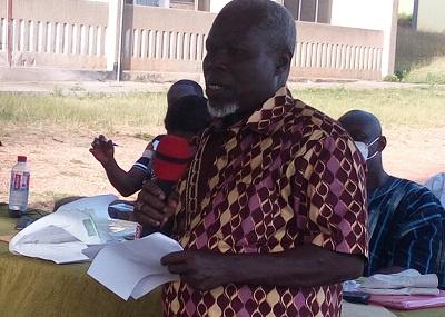 Mr Kanga speaking at the meeting