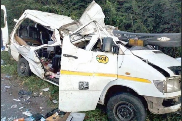 Driver of mini-bus transporting young footballers killed in accident to be charged for overloading- Ghana Police