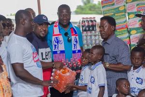 Youth Wing NPP Donates