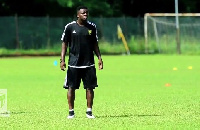 Sulley Muntari has training with Accra Hearts of Oak players
