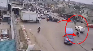 The robbers circled on the bike before the robbery