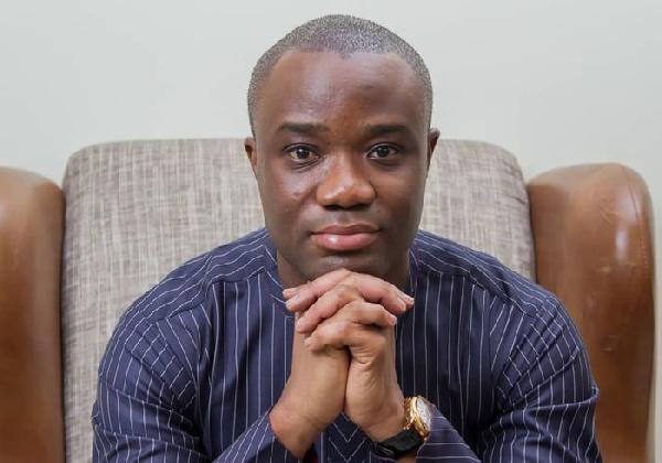 Aflao E-block: Akufo-Addo hit 'new low in Presidential indiscretion' - Kwakye Ofosu
