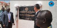 Dr. Mahamudu Bawumia, Vice President unveiling the plaque