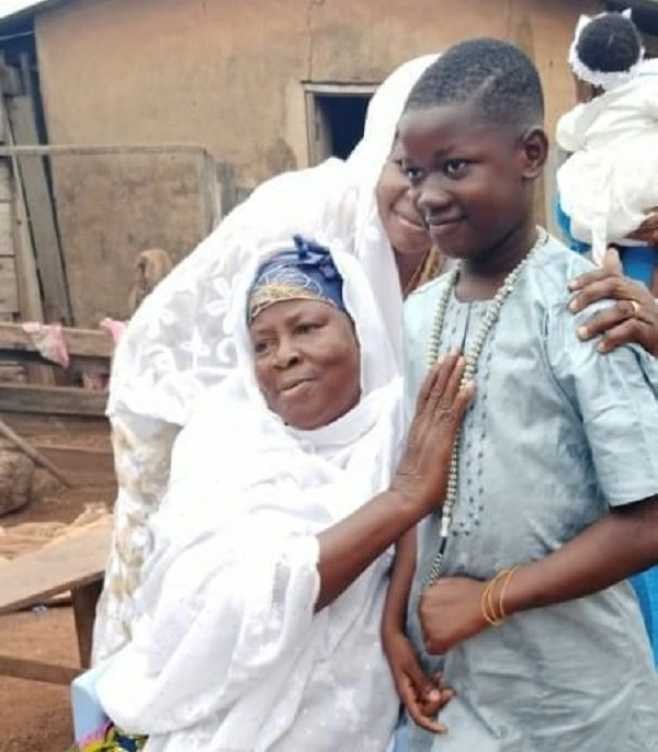 The late Ishmael Mensah with his mother