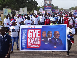 Supporters of the NPP at the Atebubu-Amantin healthwalk