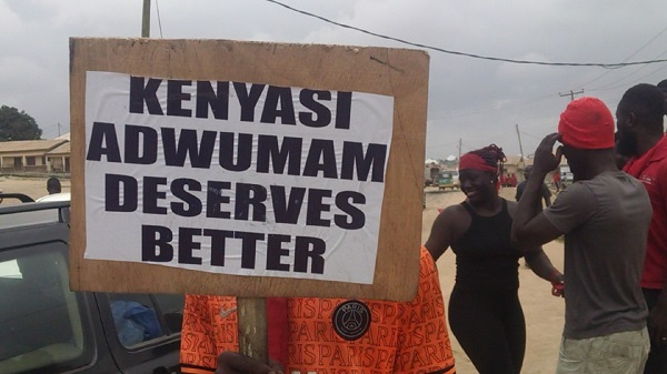 A/R: Nobody should dare come here for 2024 campaign – Demonstrating Adwumam residents. 53