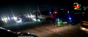 The vehicles collided as they both attempted to bypass the non-functioning traffic light