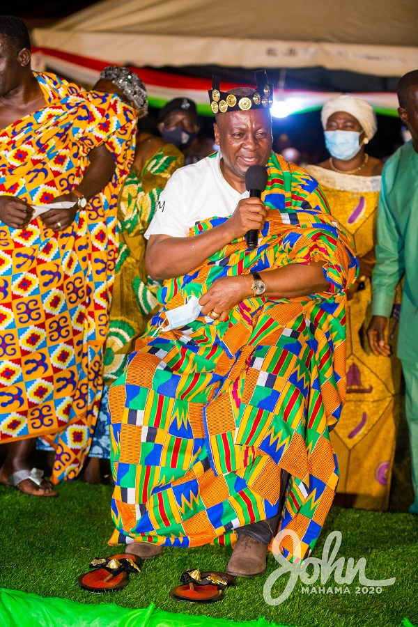Mahama enstooled as Nkosuohene at Apesika in Bono Region