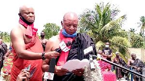 Togbui Fiti Amenya Adzongaga V speaking to the media in Aflao