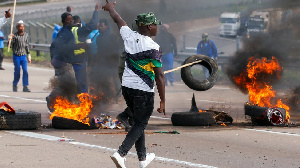 Jacob Zuma: Riots for South Africa as ex-president challenge jail sentence