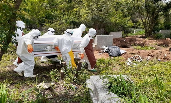 'We're overwhelmed' - Coronavirus burial team
