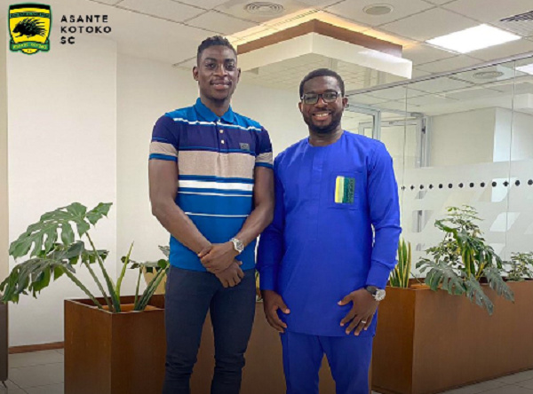 Kumasi Asante Kotoko sign Black Stars goalie Razak Abalora