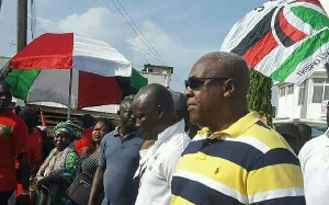 Former President John Mahama, party executives joined supporters for Unity Walk in Cape Coast.