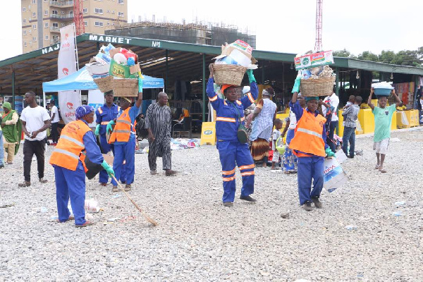 The company also collected refuse at the Hajj villages daily prior to the departure of the pilgrims